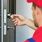 What Are The Advantages of Hiring a Locksmith?